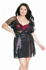 Déshabillé Exquise (Grande taille) : Peignoir léger en tulle et dentelle fermé par une ceinture satin, pour déshabiller les rondes sexy.